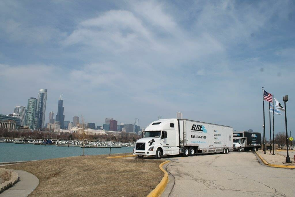 Elite Moving and the Chicago Skyline