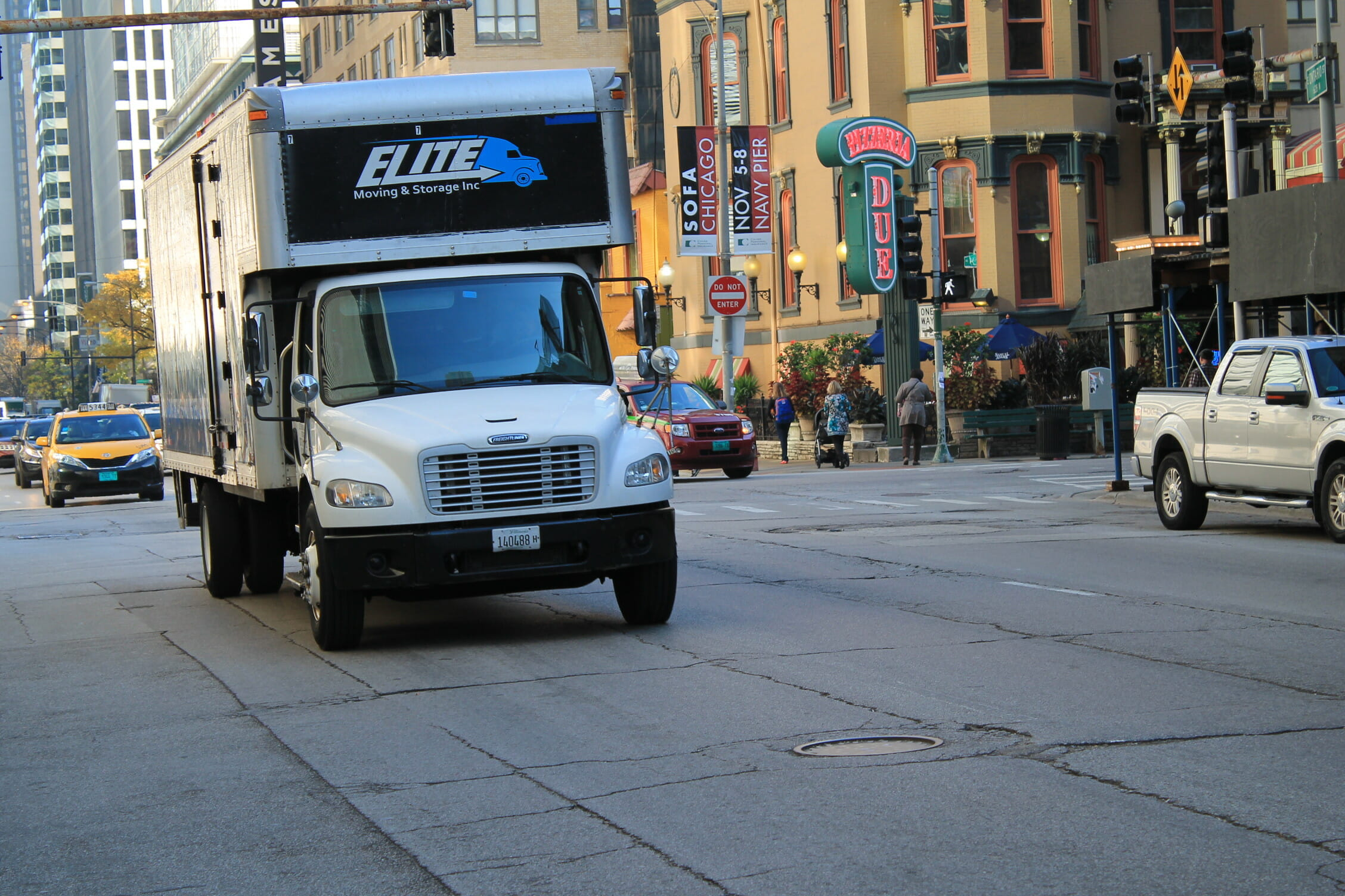 Elite Movers in River North Chicago